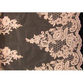 Вышивка на сетке Embroidery розовая